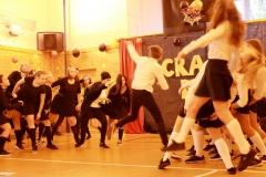 Crazy den_09